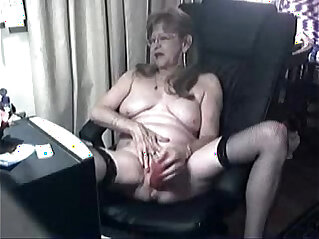 9:34 - Pervert cute granny having fun at computer. Amateur -