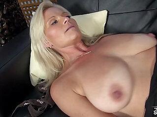 27:24 - Very horny hot MILF like Mom his stepson on fake casting -