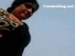 3:20 - Desi Indian Maami Aunty BelowJob Fuck With Boy On Terrace -
