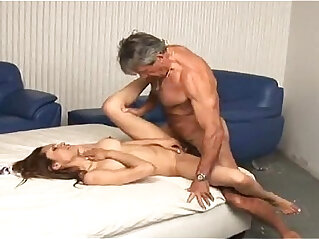 22:17 - Daddy enjoying with her young blonde girl -