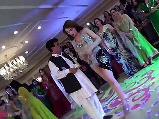 5:07 - BRAND NEW RIMAL ALI MUJRA AT DANCE PARTY 2016 -
