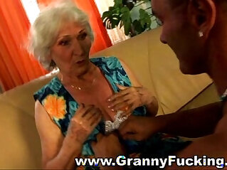 3:04 - Mature granny face fucked by a large cock -