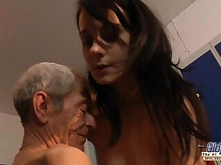 6:26 - Young girl is so kinky that fucks an old fart in a locker room -