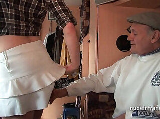 40:43 - MMMF Amateur redhead hard DP in foursome with Papy Voyeur -