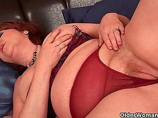 5:08 - Full figured grandma with big tits needs orgasm -