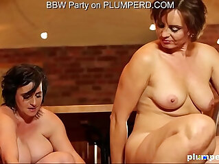 6:40 - Mature Fat Ladies enjoying the cleaning boy -