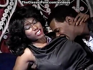 9:57 - Ebony Ayes, Tony El Ay in brilliant star of classic sex movies Ebony Ayes -