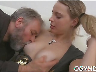 5:43 - Juvenile sweetheart licks and rides old rod -