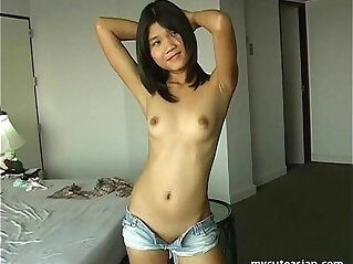 5:30 - Luscious Asian ex girlfriend with tiny pussy -