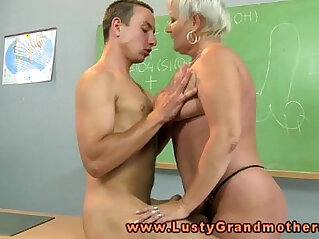 7:11 - Granny amateur teacher pleasured on desk -