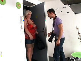 6:22 - Busty BBW is doggystyled after photosession -