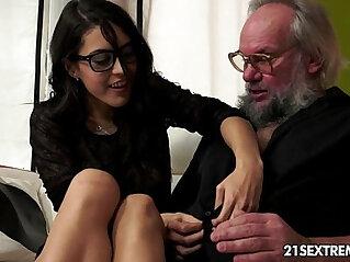11:08 - Geek girl to fuck older guys -