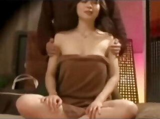 9:21 - Chinese Traditional Upper body massage to Reduce Physical Stress Hidden camera -