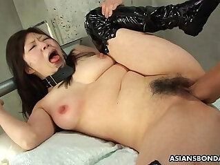 8:11 - Collared Asian endures rough fingering and a nipple torture -