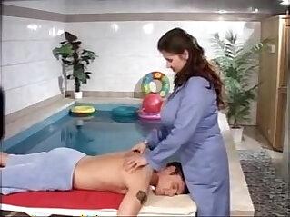 16:10 - Nice Expensive Massage -