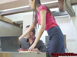 10:20 - Skinny czech secretary shagging her boss -