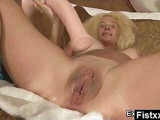 5:43 - Wild Breasts Fisting Milf ass Fucked -