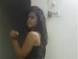 sexy sister dancing on bollywood hindi song