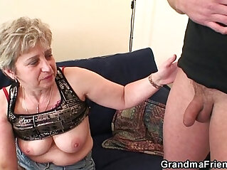 7:23 - Nasty granny toying before fuck -