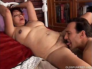 21:57 - Cute and cuddly latina cougar loves fuck -