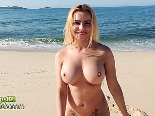 1:09 - Eliane Lima Peladona BBB Na Praia -